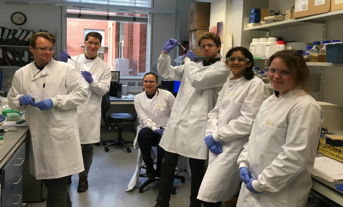 2019 GMS cohort in the lab